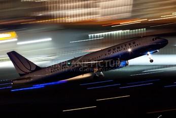 N448UA - United Airlines Airbus A320