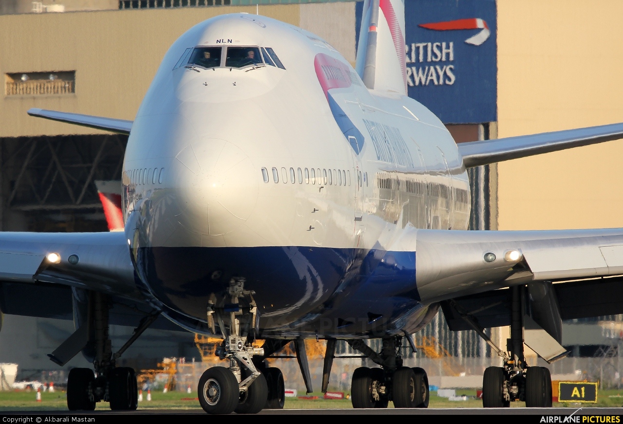 British Airways G-BNLN aircraft at London - Heathrow
