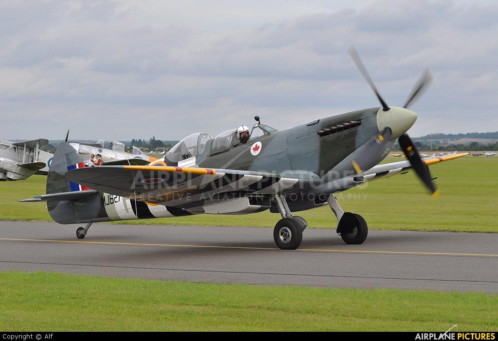 Private G-BMSB aircraft at Duxford