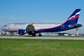 VQ-BKT - Aeroflot Airbus A320
