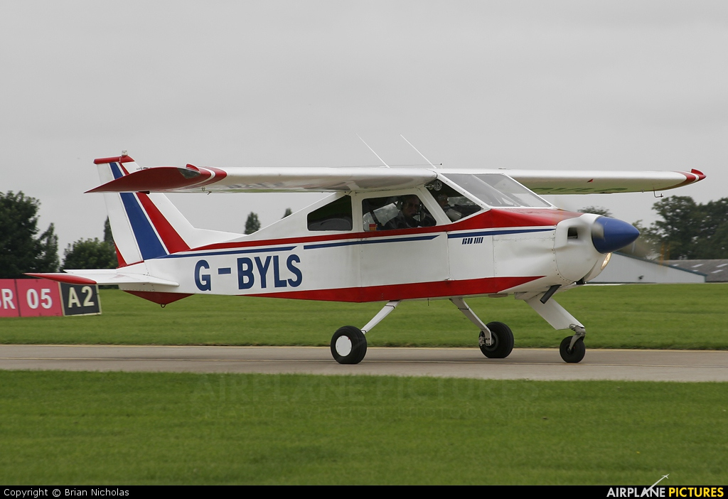 Private G-BYLS aircraft at Northampton / Sywell