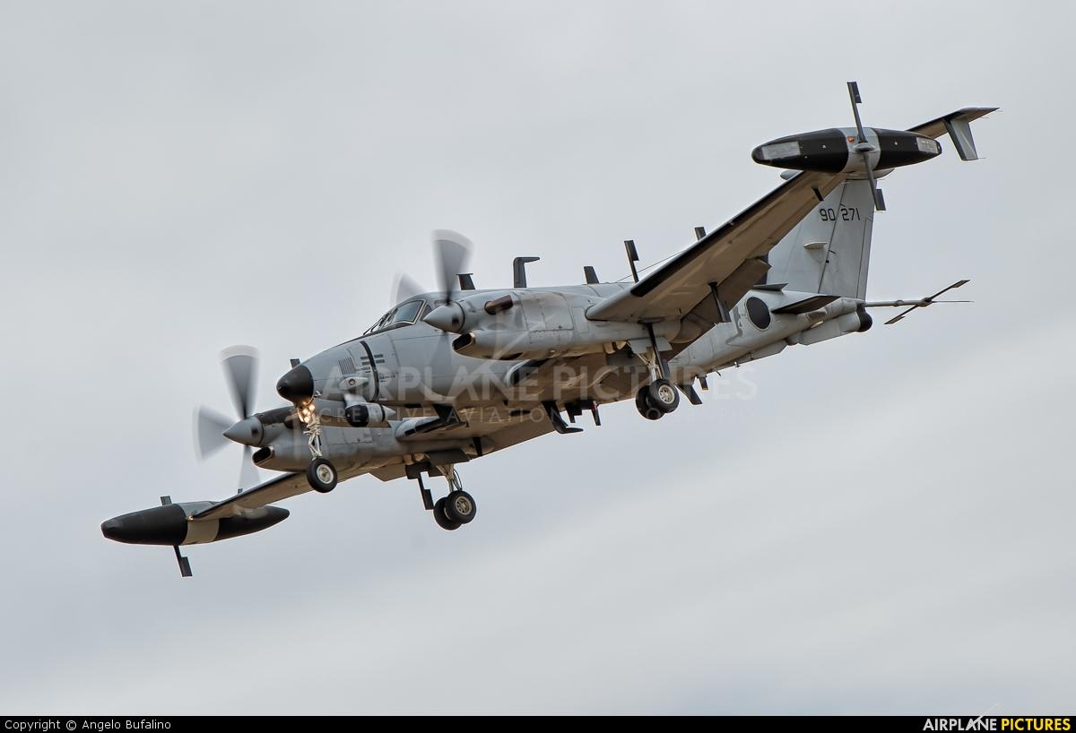 USA - Army 89-0271 aircraft at Centennial Field
