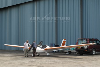 G-MVZZ - Private AMF Microflight Chevron 2-32