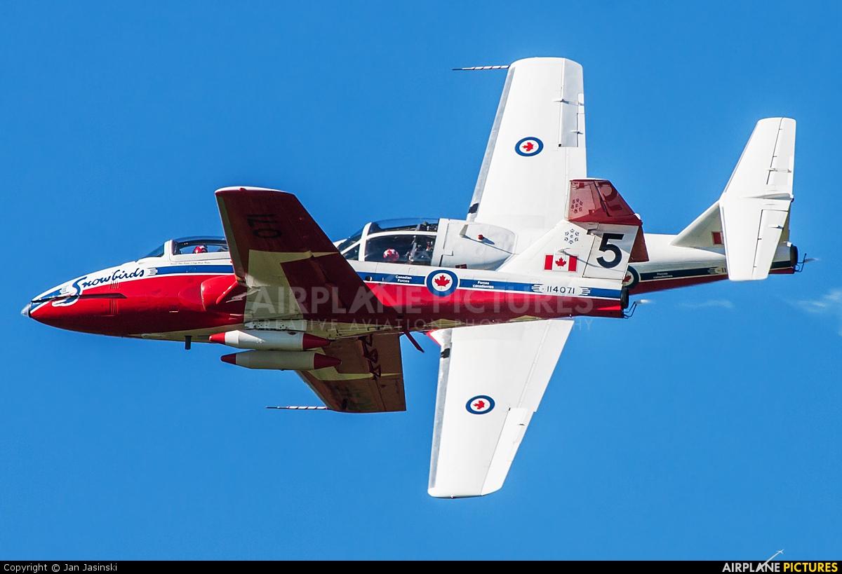 Canada - Air Force 114071 aircraft at Gatineau-Ottawa Exec, ON