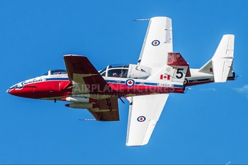 114071 - Canada - Air Force Canadair CT-114 Tutor