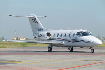 I-VITH - Private Hawker Beechcraft 400A Beechjet