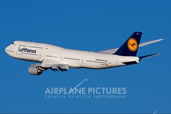 D-ABYD - Lufthansa Boeing 747-8