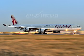 A7-AGB - Qatar Airways Airbus A340-600