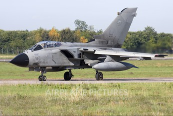 MM7007 - Italy - Air Force Panavia Tornado - IDS
