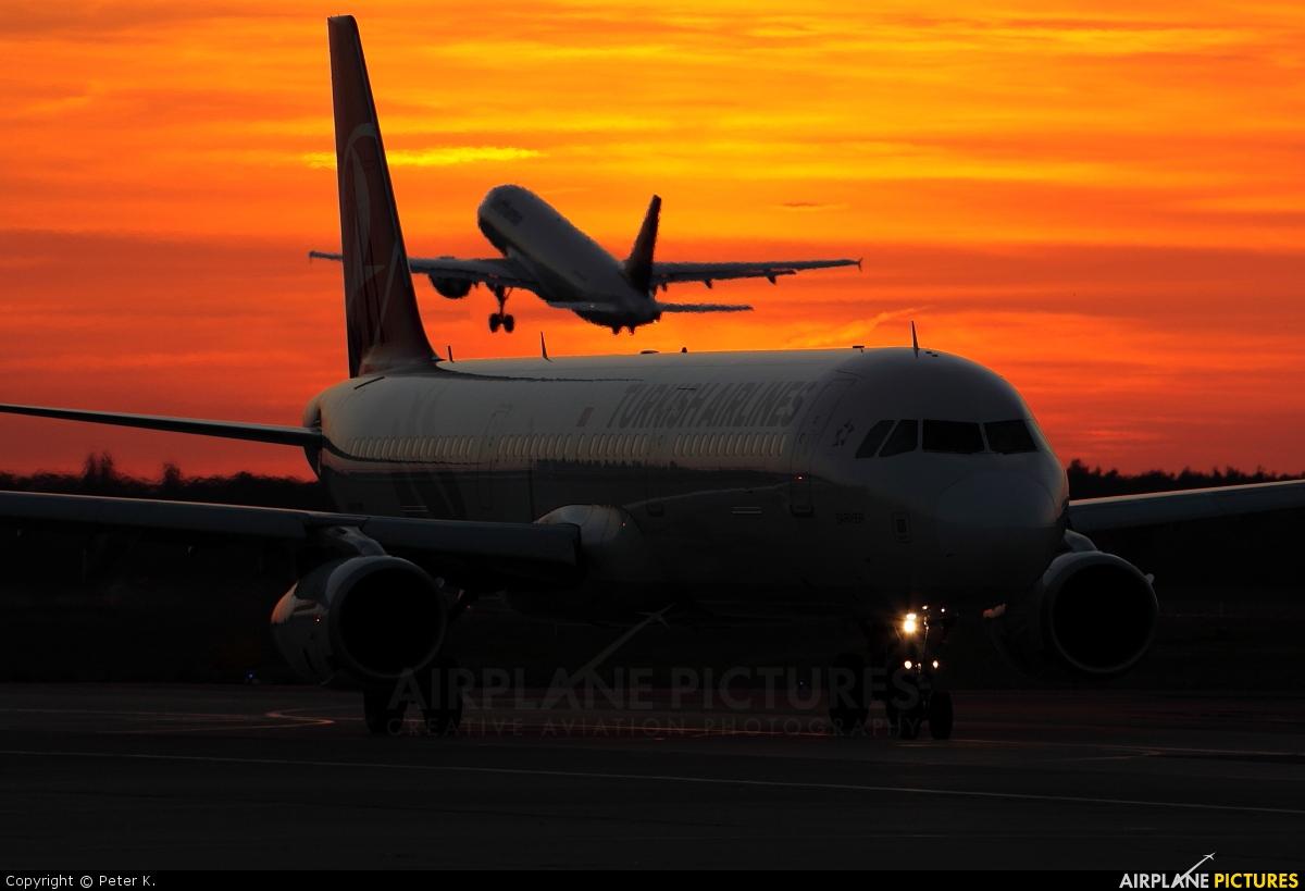 Turkish Airlines TC-JRN aircraft at Berlin - Tegel
