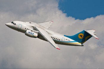UR-NTD - Ukraine International Airlines Antonov An-148