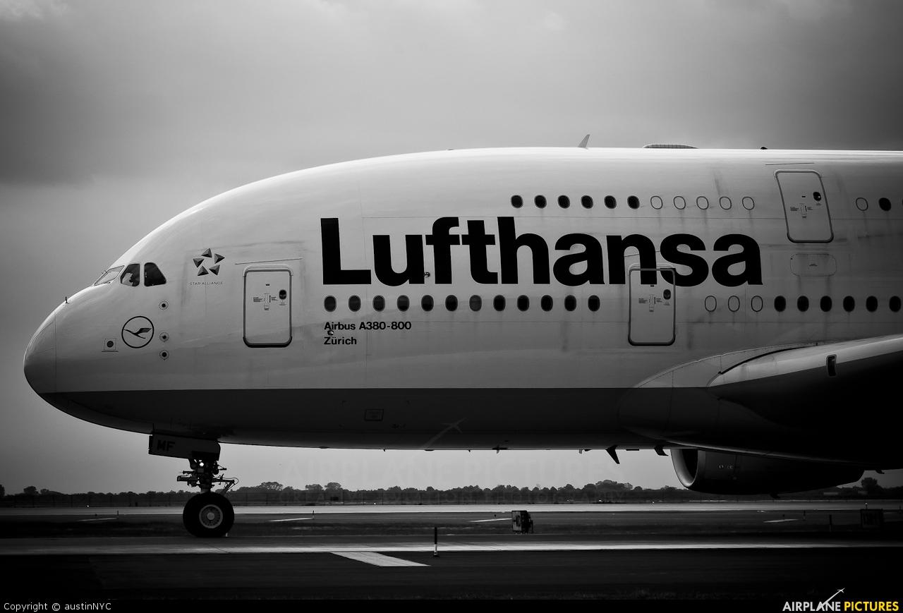 Lufthansa D-AIMF aircraft at New York - John F. Kennedy Intl