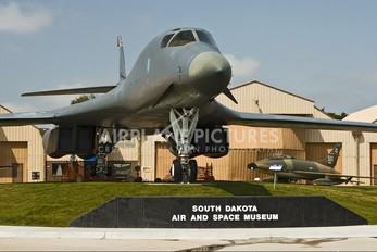 83-0067 - USA - Air Force Rockwell B-1B Lancer