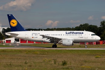 D-AIBE - Lufthansa Airbus A319
