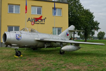 3947 - Czech - Air Force Mikoyan-Gurevich MiG-15bis