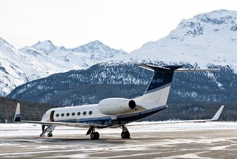 VQ-BLA - Private Gulfstream Aerospace G-V, G-V-SP, G500, G550