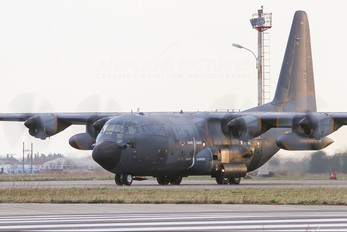 5114 - France - Air Force Lockheed C-130H Hercules