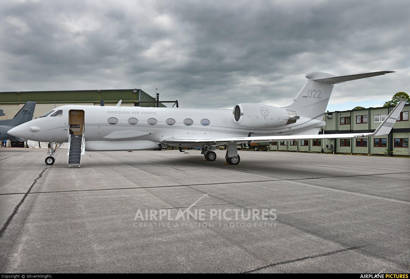 Sweden - Air Force 102002 aircraft at Malmen