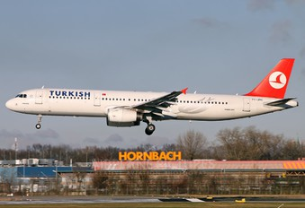 TC-JRC - Turkish Airlines Airbus A321