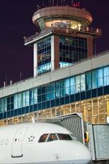 - - Lufthansa Airbus A321