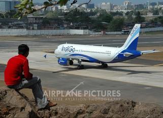 VT-INH - IndiGo Airbus A320