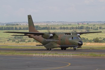 TN-228 - Congo Republic - Air Force Casa CN-235