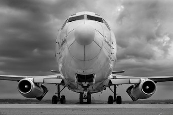 TR-DAL - Nationale Regionale Transport Boeing 737-200