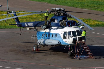 RA-25598 - Barkol Mil Mi-8T