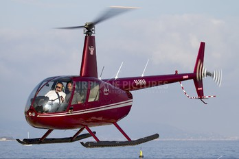 3A-MAR - Private Robinson R44 Clipper