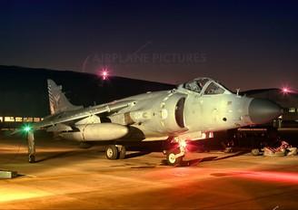 XZ497 - Royal Navy British Aerospace Sea Harrier FA.2
