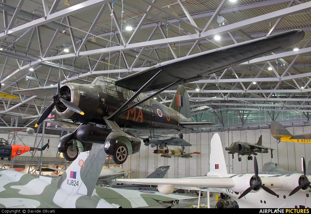 Royal Air Force V9673 aircraft at Duxford