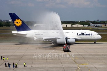 D-AIMI - Lufthansa Airbus A380