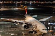 JA701J - JAL - Japan Airlines Boeing 777-200ER aircraft