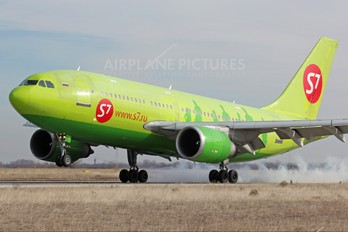 VP-BTJ - S7 Airlines Airbus A310