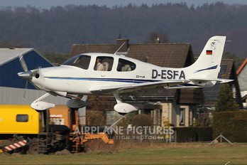 D-ESFA - Private Cirrus SR20