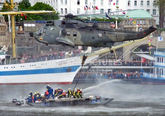 89+69 - Germany - Navy Westland Sea King Mk.41