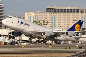 D-ABVN - Lufthansa Boeing 747-400