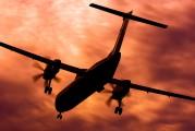 - - Flybe de Havilland Canada DHC-8-400Q Dash 8 aircraft