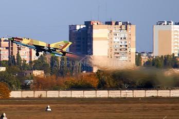 2236 - Yemen - Air Force Mikoyan-Gurevich MiG-21bis