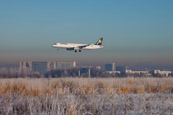 D-AISW - Lufthansa Airbus A321