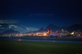 - - Avianca Brasil Airbus A319