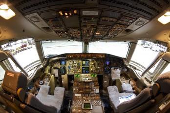 N6707A - Delta Air Lines Boeing 757-200
