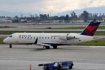 N448SW - Delta Connection - SkyWest Airlines Canadair CL-600 CRJ-200