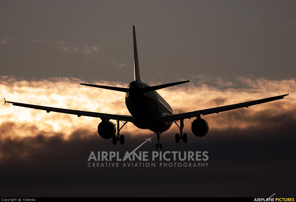 Vueling Airlines EC-KDH aircraft at Barcelona - El Prat