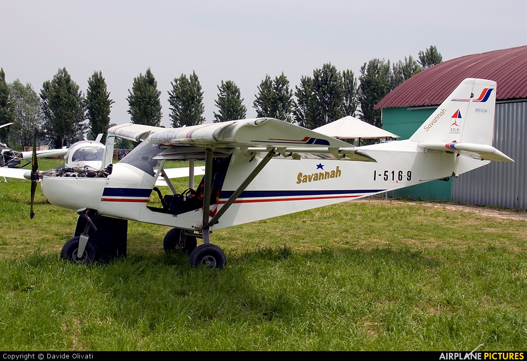 Private I-5169 aircraft at Bergamo - Caravaggio
