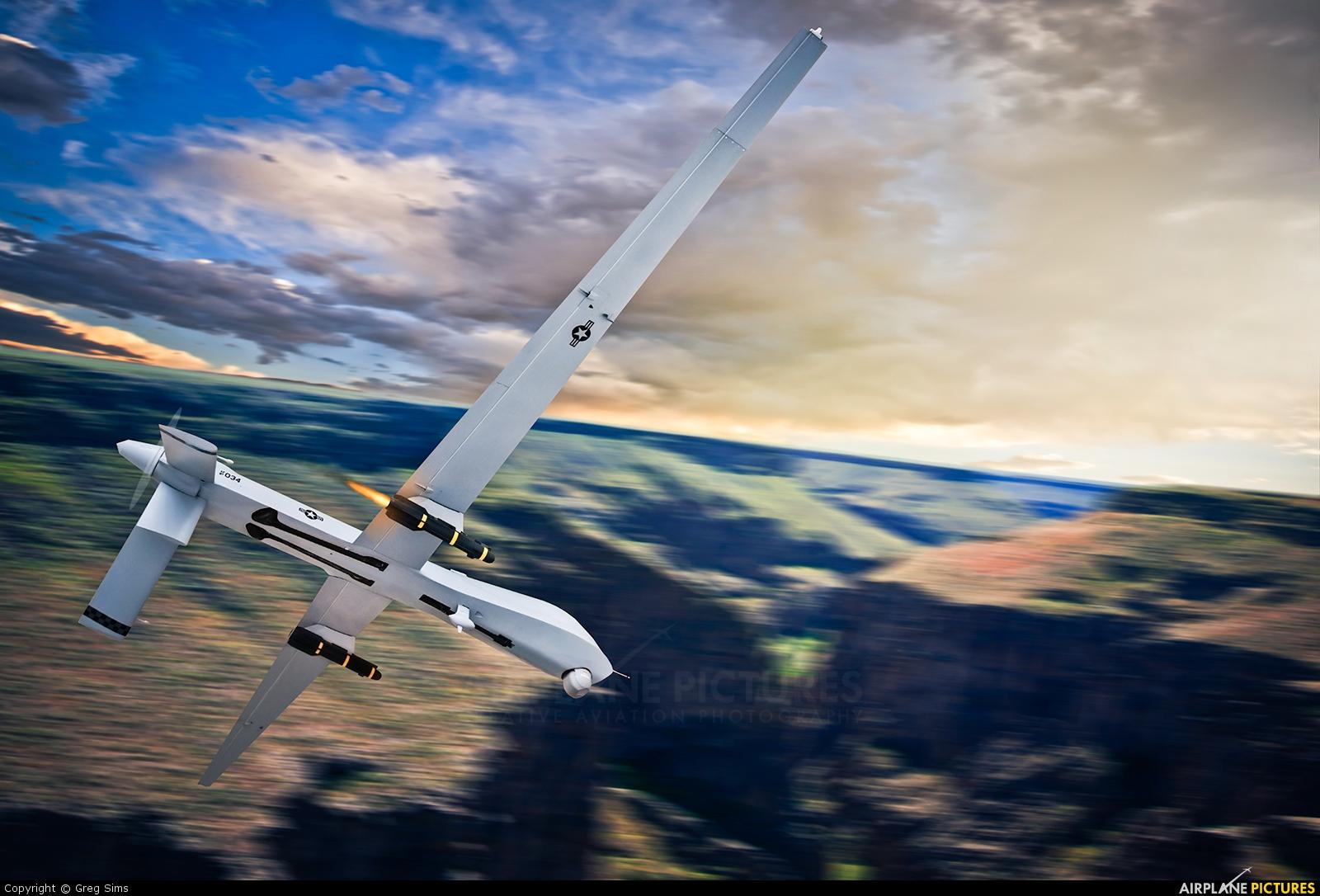 USA - Air Force - aircraft at In Flight - Nevada