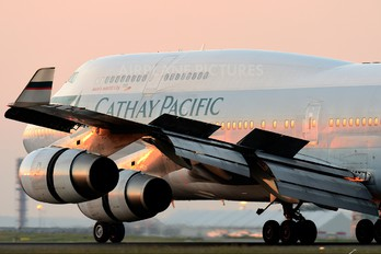 B-HOY - Cathay Pacific Boeing 747-400