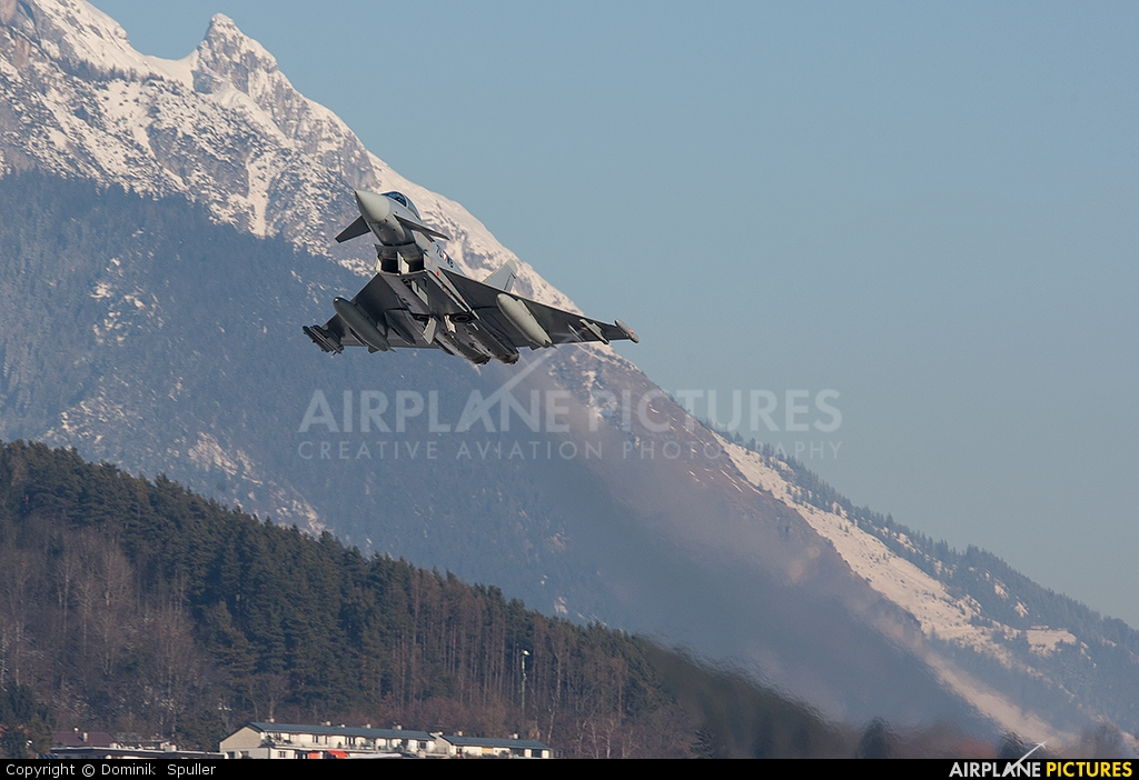 Austria - Air Force 7L-WB aircraft at Innsbruck