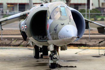 158387 - USA - Marine Corps Hawker Siddeley AV-8A Harrier