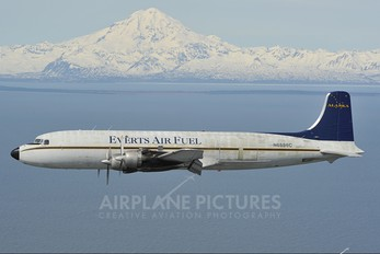 N6586C - Everts Air Cargo Douglas DC-6B
